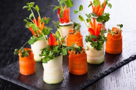 Rollitos de zanahoria y calabacín